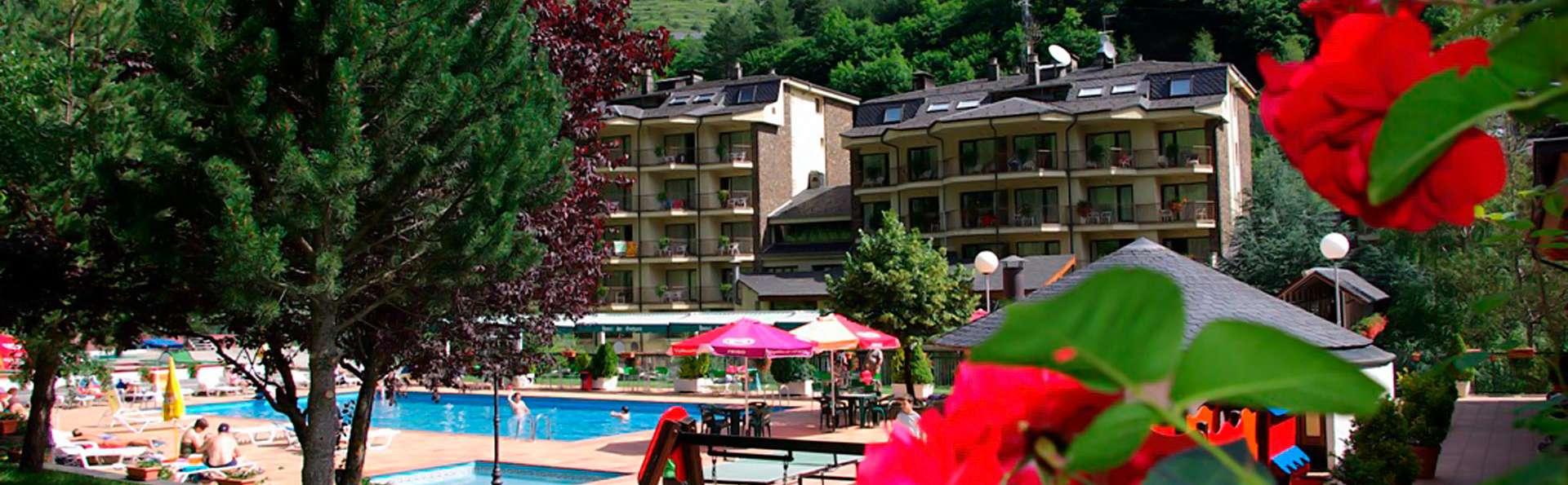 Hotel Sant Gothard - edit_front_summer.jpg