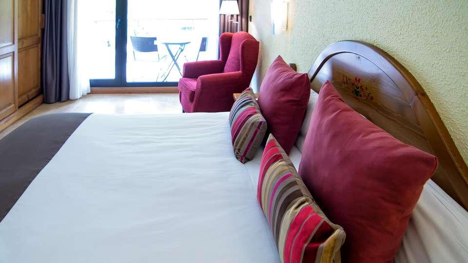 Hotel Sant Gothard - edit_room4.jpg