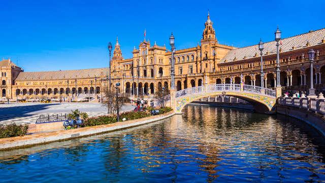 Séjour culturel à Seville avec une croisière en bateau.