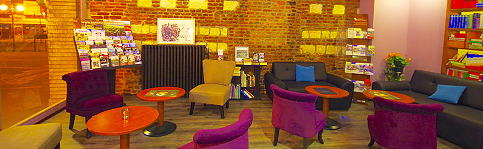 Best Western Hôtel*** Le Saint Claude - EDIT_lobby.jpg