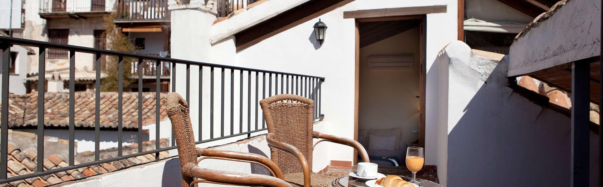 Apartamentos Suites Casa Cuesta del Agua - edit_FRONT.jpg