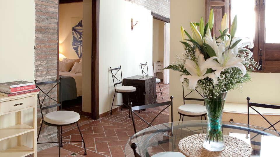 Apartamentos Suites Casa Cuesta del Agua - edit_hall.jpg