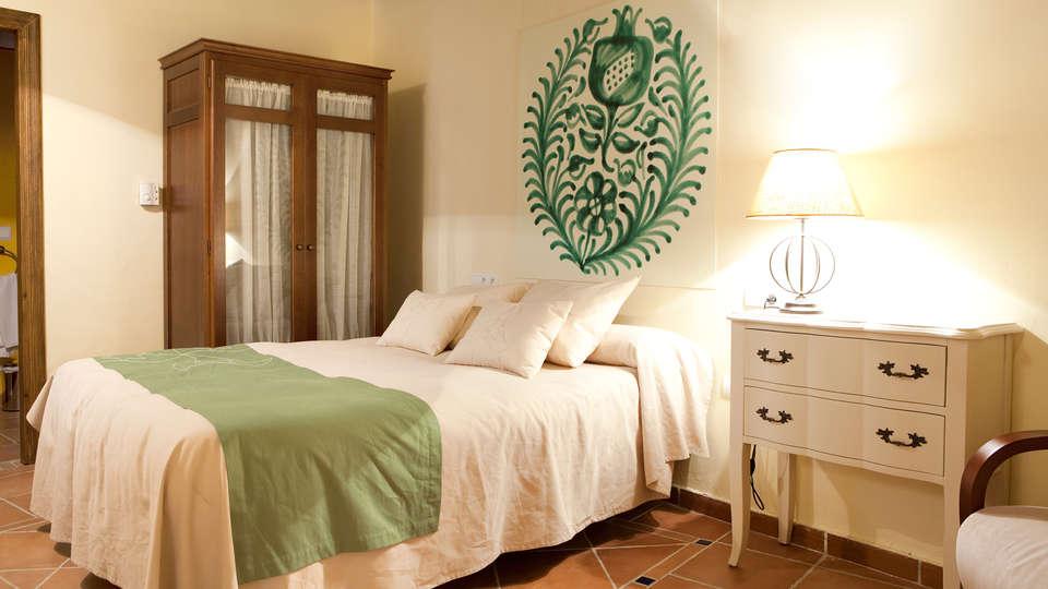 Apartamentos Suites Casa Cuesta del Agua - edit_room3.jpg