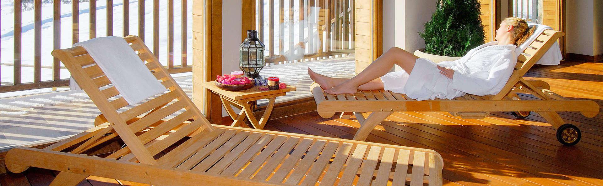 Escapada con cena y acceso al spa en habitación con vistas a la montaña