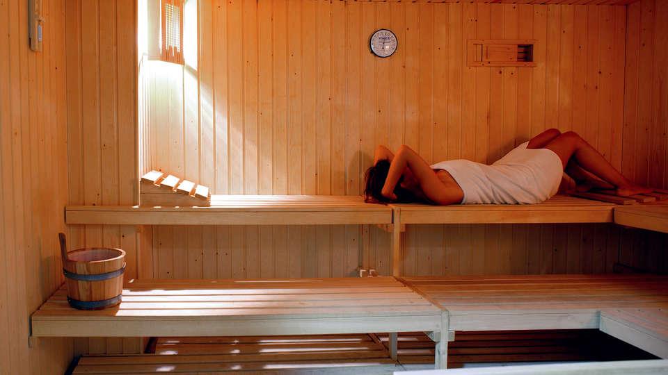 Aparthotel Myramar Fuengirola - Edit_sauna.jpg