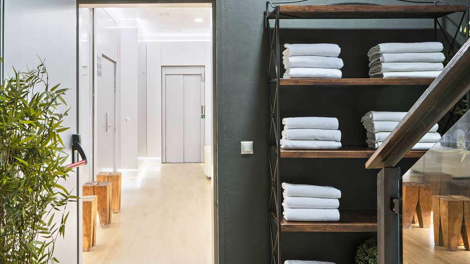 Aparthotel Myramar Fuengirola - Edit_Spa3.jpg