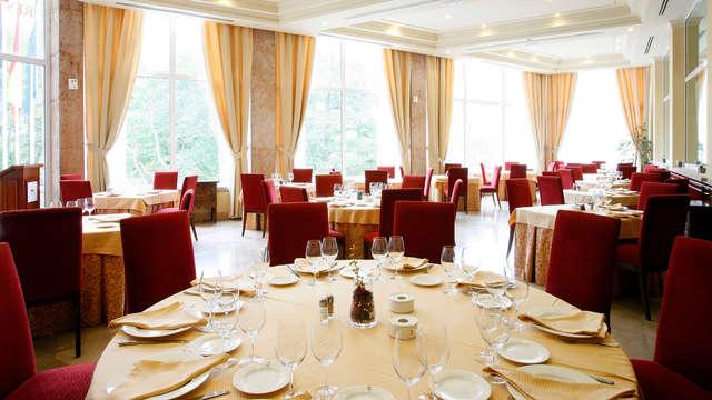 Sabores de Asturias: Escapada con Cena en Covadonga con entradas al Museo