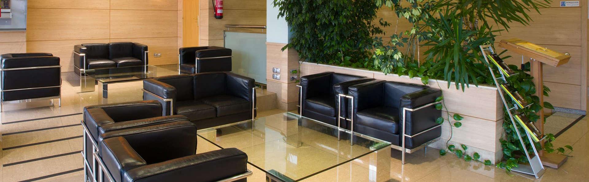 Hotel Sercotel La Boroña - EDIT_lobby.jpg