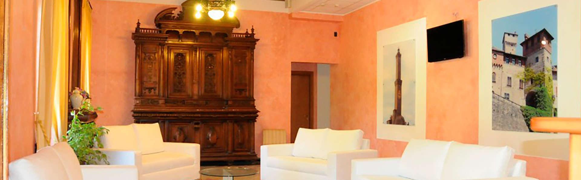 Albergo Ristorante Villa Ester - EDIT_lobby.jpg
