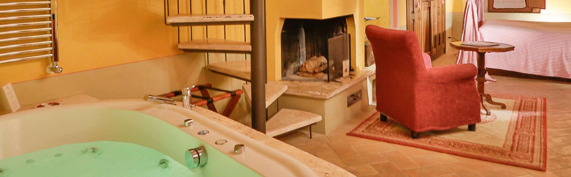 Week-end de détente avec jacuzzi dans votre chambre en Toscane !