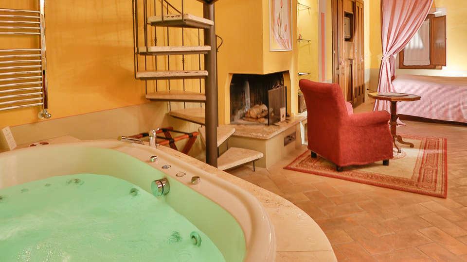 Palazzo del Capitano Relais & Wellness - Edit_Room8.jpg