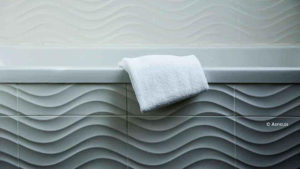Relais du silence Le Haut des Lys - Edit_C_Bathroom.jpg
