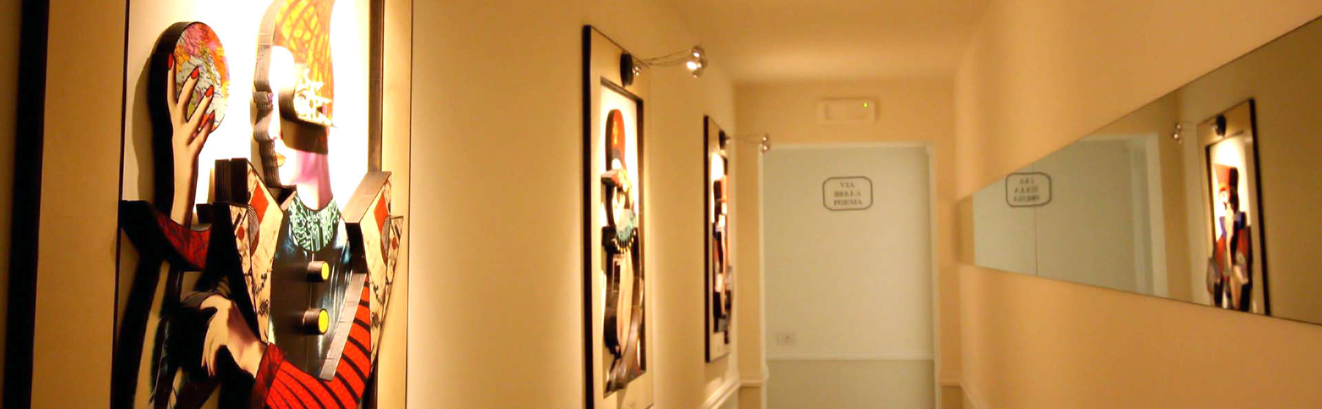 Villa del Capitano Luxury Art & Relais - Edit_Corridor.jpg