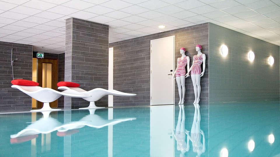 WestCord Fashion Hotel Amsterdam - Edit_Spa2.jpg