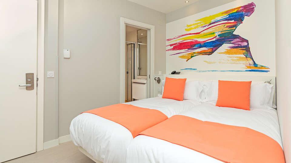 Blume Cruz Apartamentos  - Edit_Room12.jpg