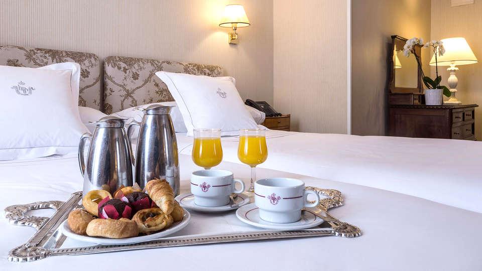 Hotel Principe Pío - Edit_Breakfast.jpg