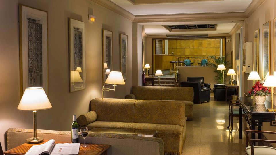 Hotel Principe Pío - Edit_Lounge.jpg