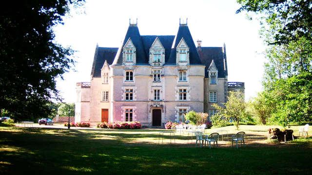 Escapade de charme dans un château pour les vacances près de Poitiers (à partir de 2 nuits)