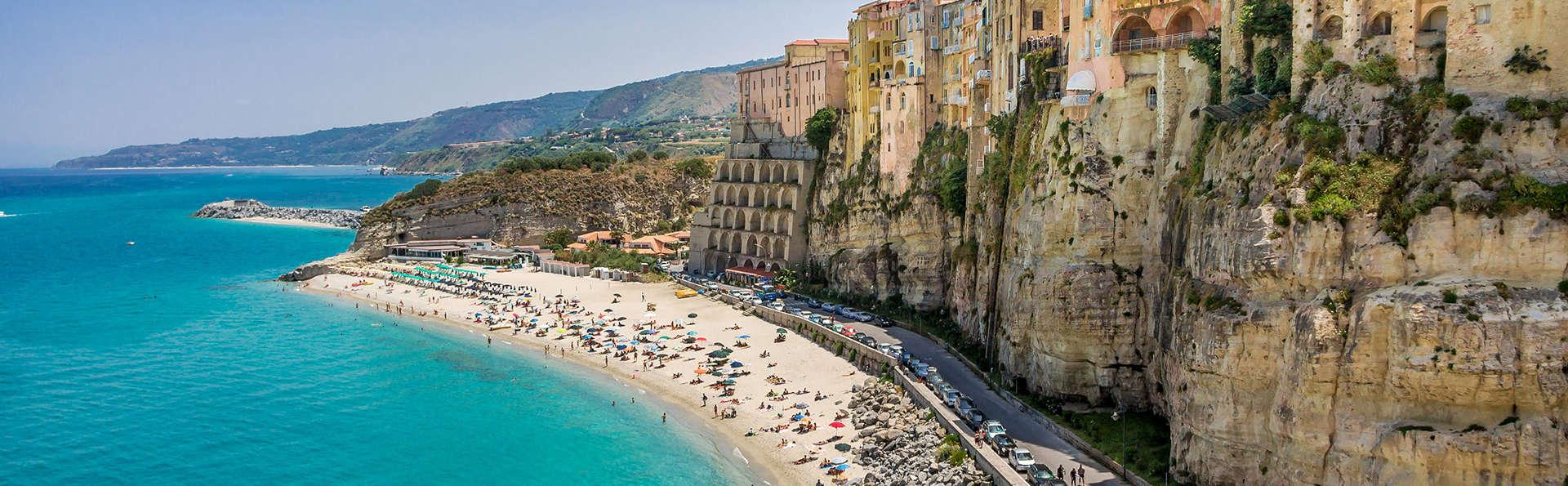 En el corazón de la perla del mar Tirreno: estancia en Tropea en una villa estilo Liberty