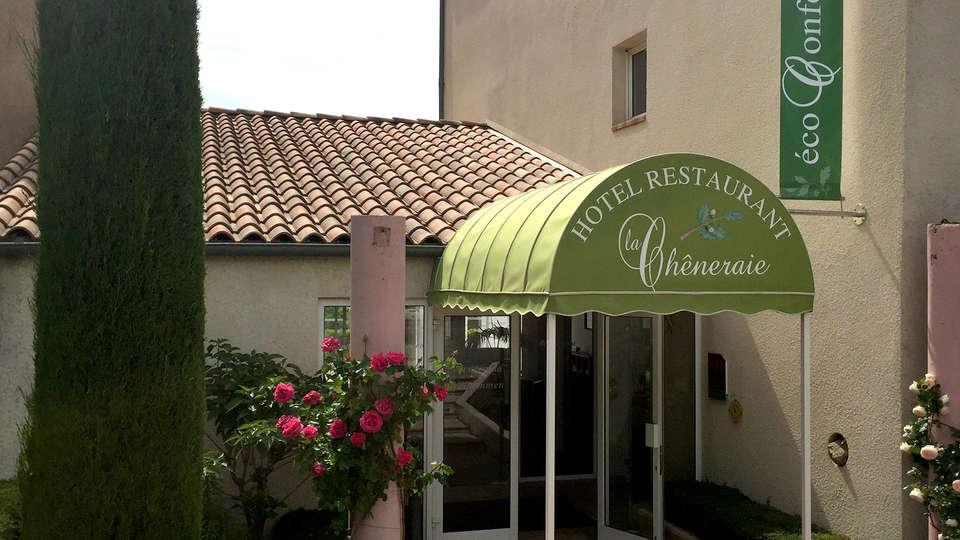 Hôtel Restaurant La Chêneraie - Edit_Front.jpg
