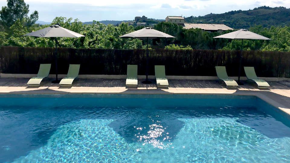 Hôtel Restaurant La Chêneraie - Edit_Pool.jpg