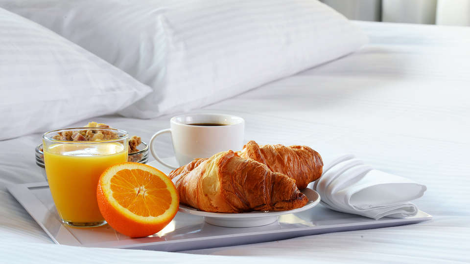 Landhotel 't Elshuys - Edit_Breakfast.jpg