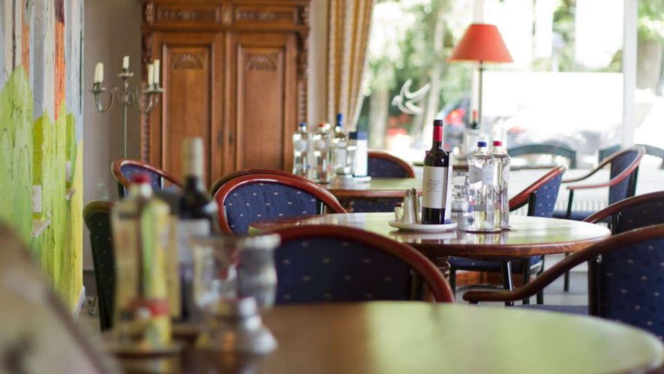 Landhotel 't Elshuys - Edit_Restaurant.jpg