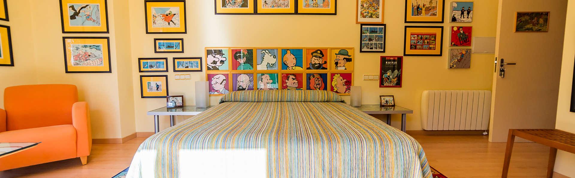 Fans de Tintin : Escapade en demi-pension avec cava et visite d'une collection privée