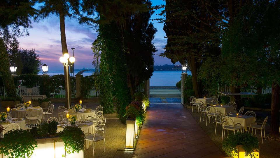 Hotel Villa Mabapa - Edit_Terrace4.jpg