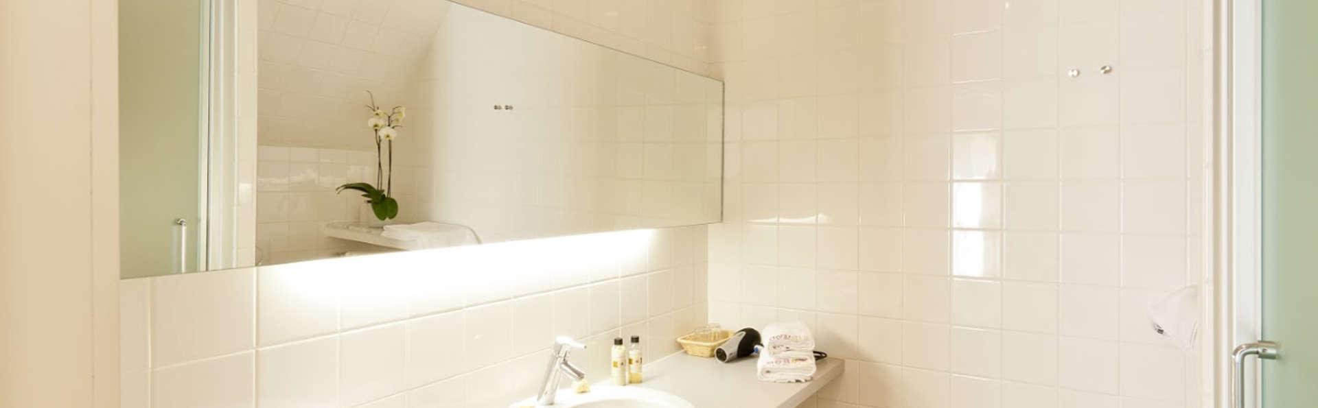 B&B Vis-à-Vis - Edit_Bathroom3.jpg