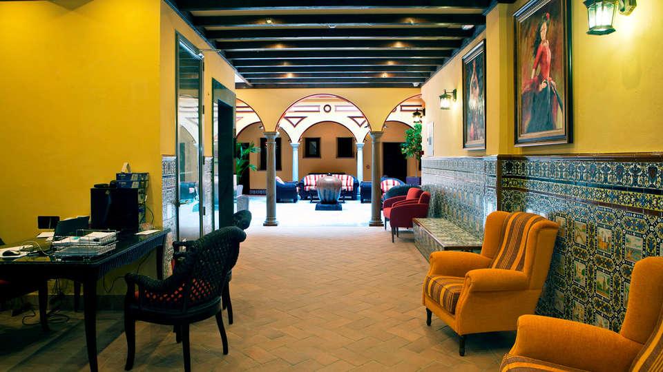 Hotel Ítaca Sevilla - Edit_Hall.jpg