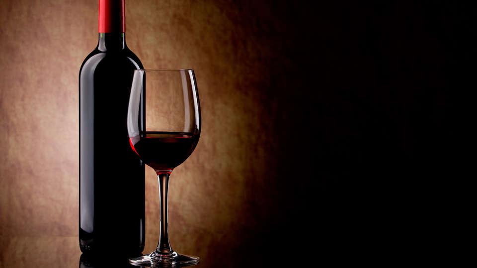 Hotel Rey Arturo - EDIT_wine.jpg