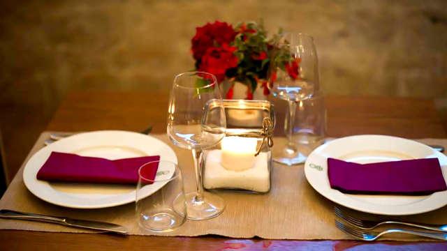 Cena romántica en la campaña pullesa de Alberobello