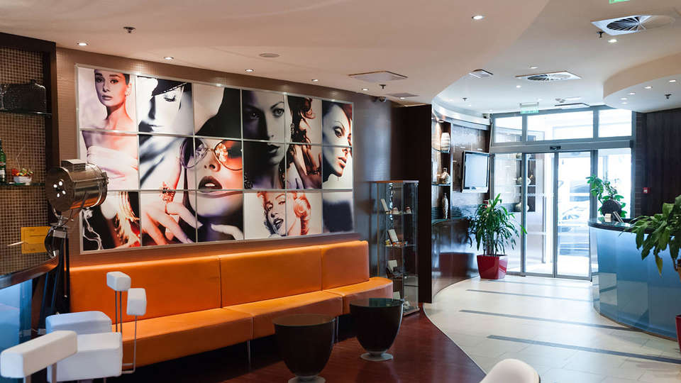 Soho Boutique Hotel - Edit_Hall2.jpg