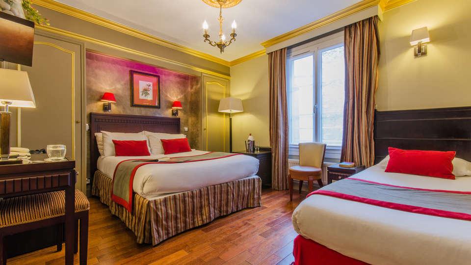 Golden Hôtel Paris - Edit_Room9.jpg