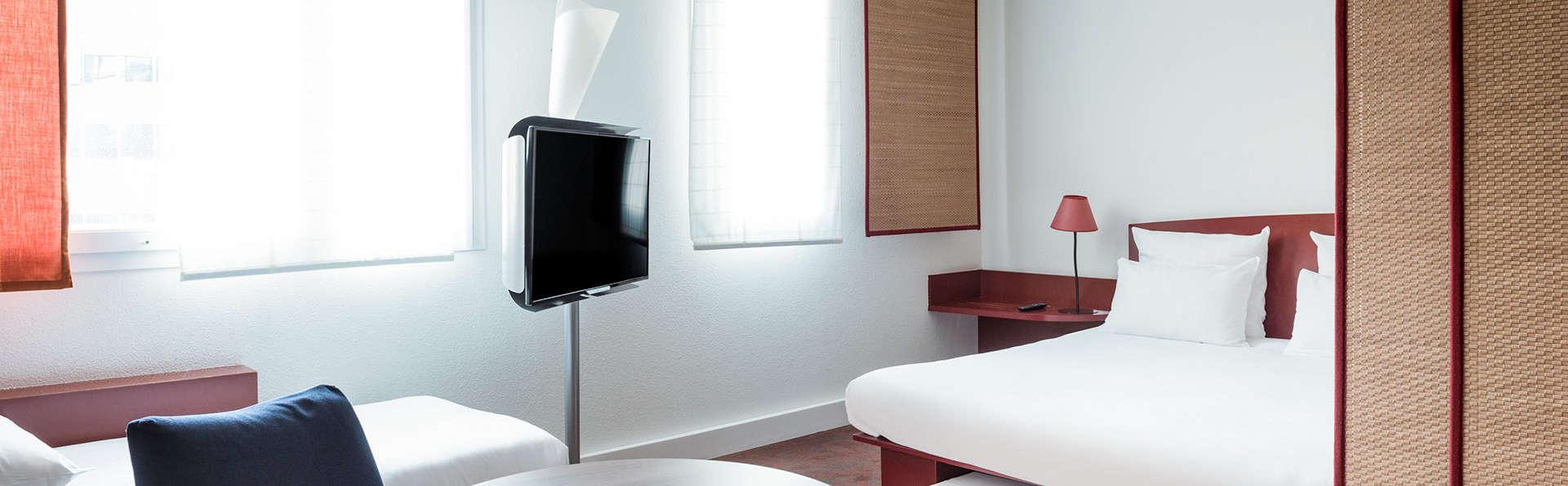 Novotel Suites Nice Airport - Edit_Room5.jpg