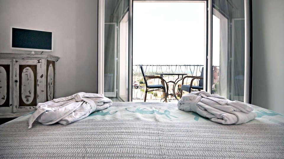 Hotel Dolce Vita - Edit_Room2.jpg