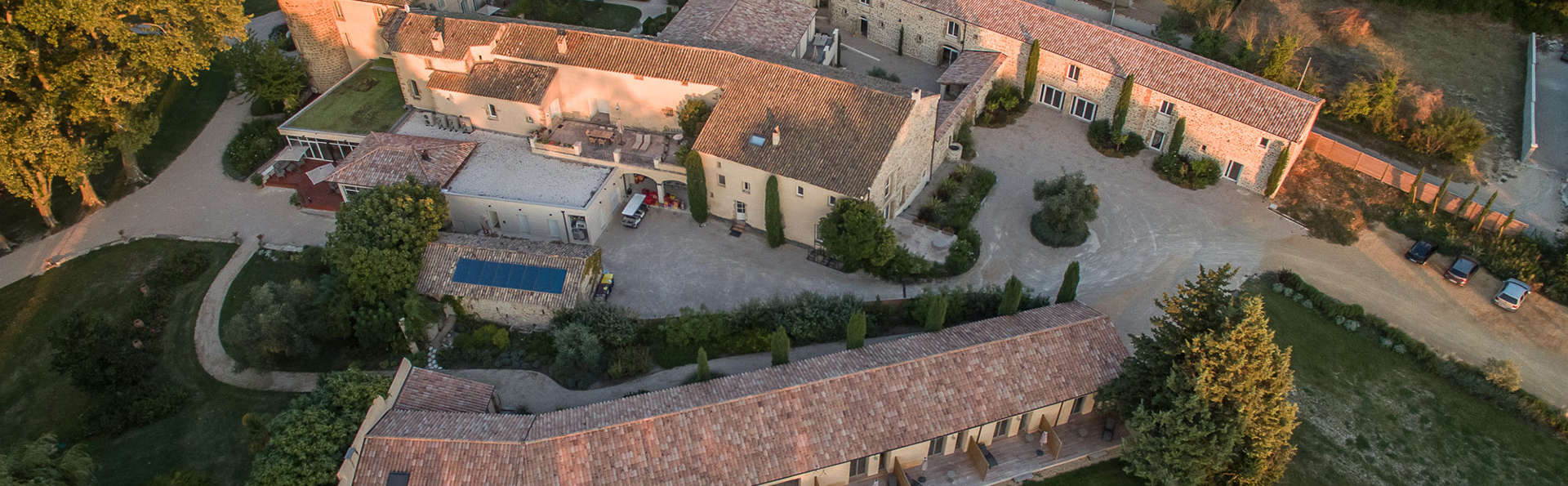 Château de Massillan - EDIT_view.jpg