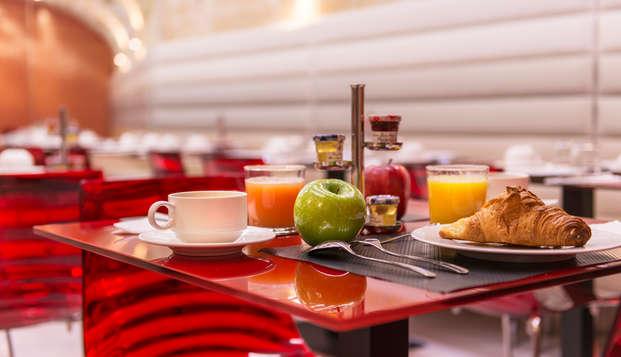 Le Bon Hotel - breakfast