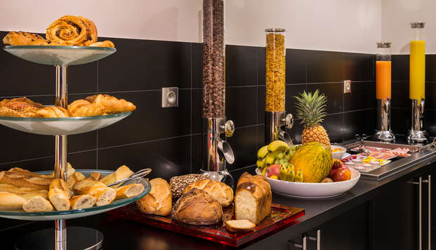 Le Bon Hotel - buffet