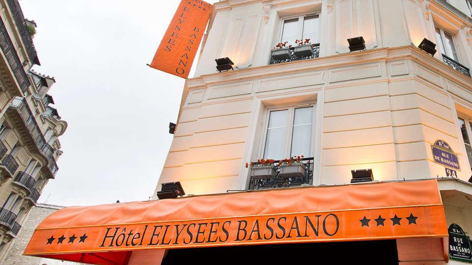 Hôtel Elysées Bassano - EDIT_front.jpg