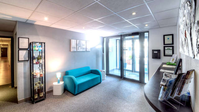 Zenitude Hotel-Residences Besancon Les Hauts du Chazal - Reception