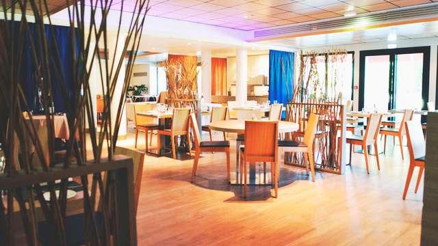 Hotel Vacances Bleues - La Villa du Lac et Spa