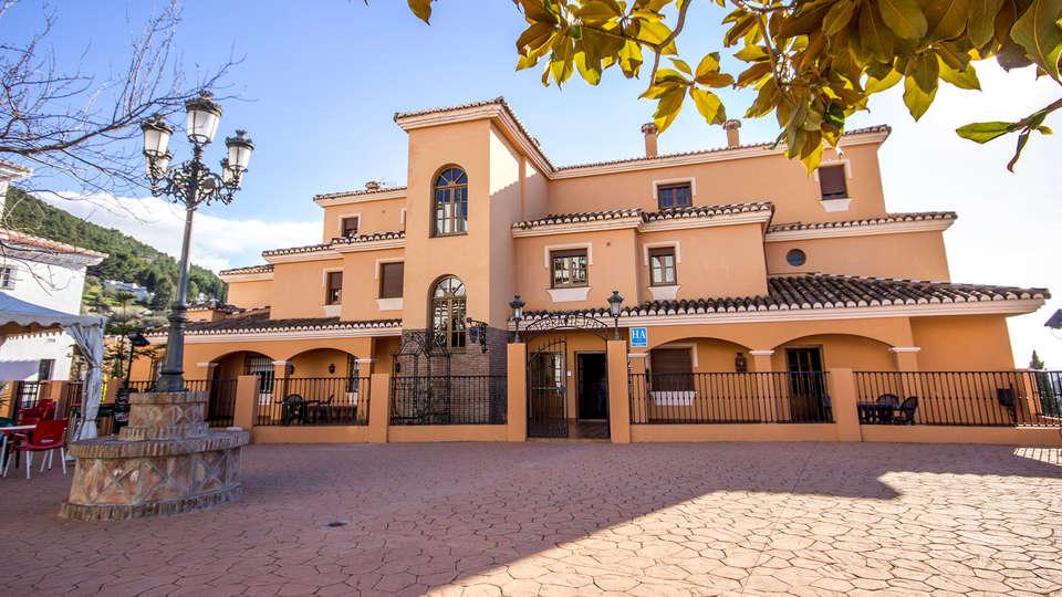 Hotel Rural Sierra Tejeda - EDIT_front2.jpg
