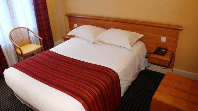 Brit Hotel Privilege Le Royal - Centre Gare