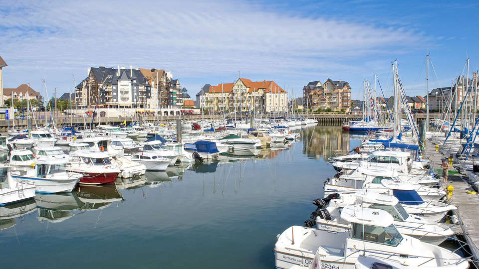 Pierre et Vacances Port Guillaume - Edit_DaviesSurMer2.jpg