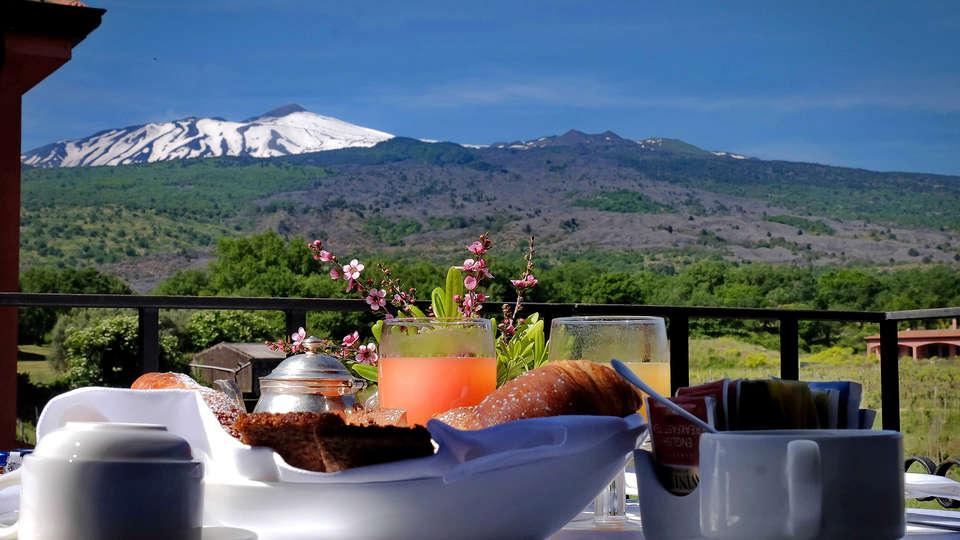 Il Picciolo Etna Golf Resort - Edit_Breakfast.jpg