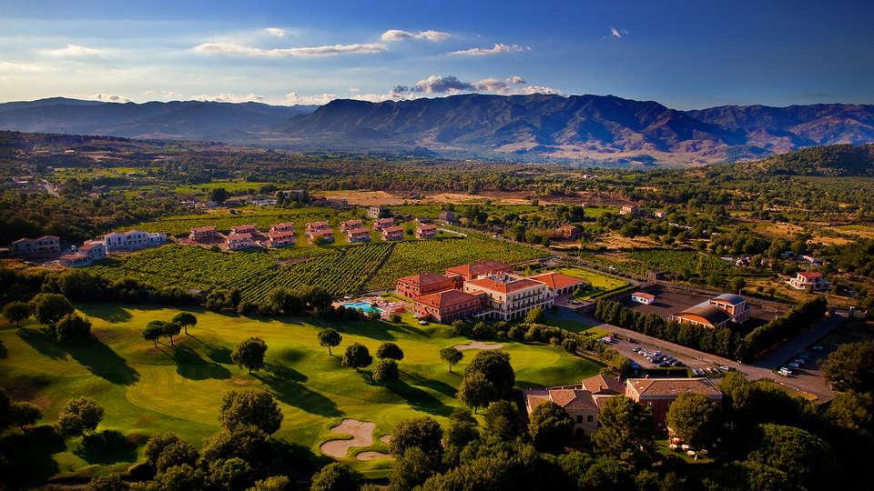 Il Picciolo Etna Golf Resort - Edit_view.jpg