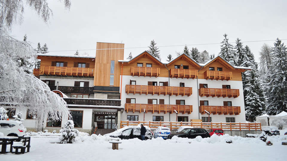 Hotel Rifugio Sores - EDIT_NEW_front.jpg