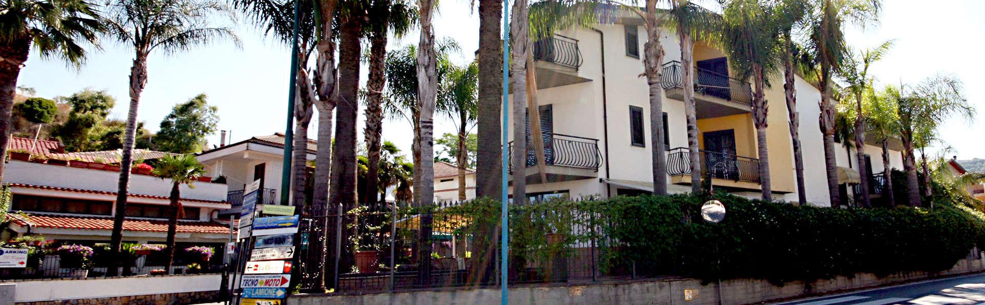 Hotel Ristorante Il Ceppo - Edit_Front3.jpg